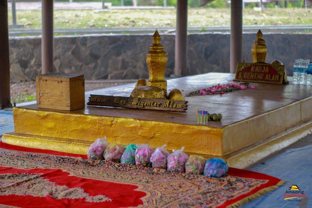 tempat_wisata_palembang_bukit_siguntang